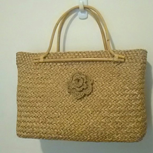 handwoven Handbags - Handwoven rattan satchel